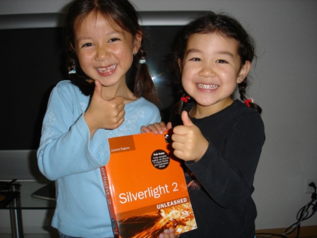 Two thumbs up for Silverlight 2 Unleashed